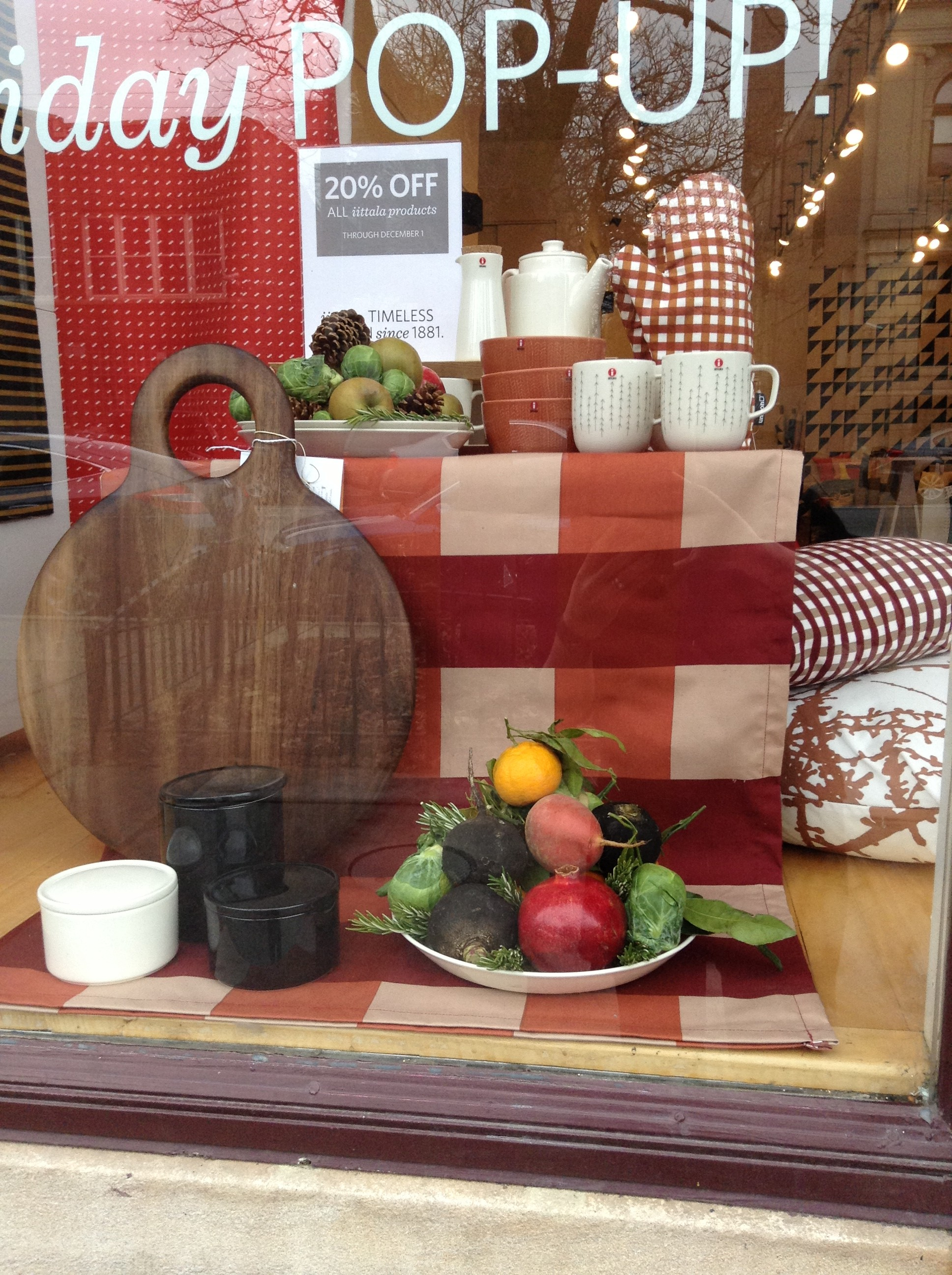 Thanksgiving window 1