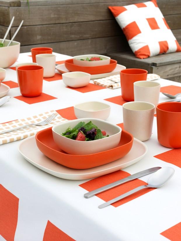 big_tile_tablecloth_coral