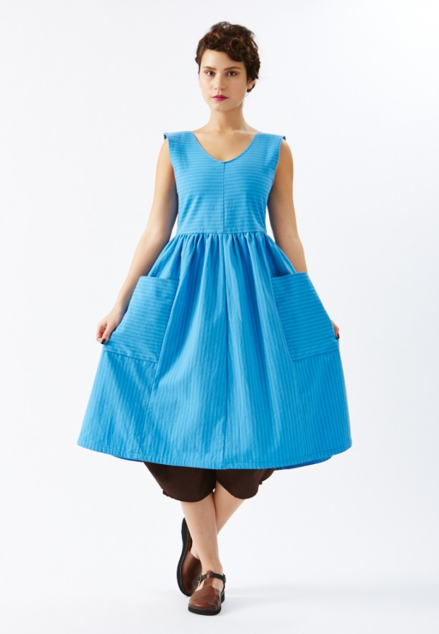 rebe_blue_dress