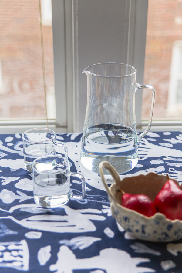 Dining-Table-with-Pitcher