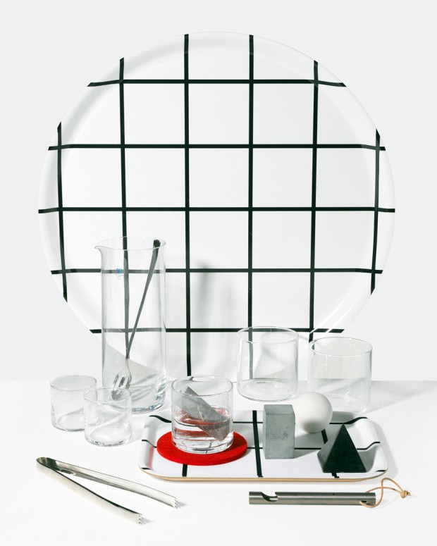 Acrylic-and-Monochrome-Serveware